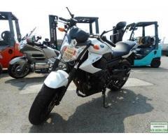 подам мотоцикл yamaha XJ6N